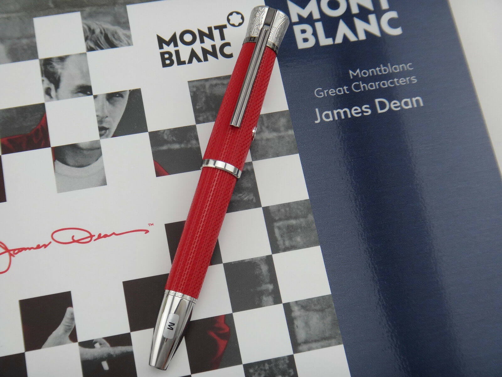 Bút Phiên Bản Đặc Biệt